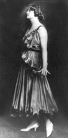 Model in Paquin Vintage Dress, 1915