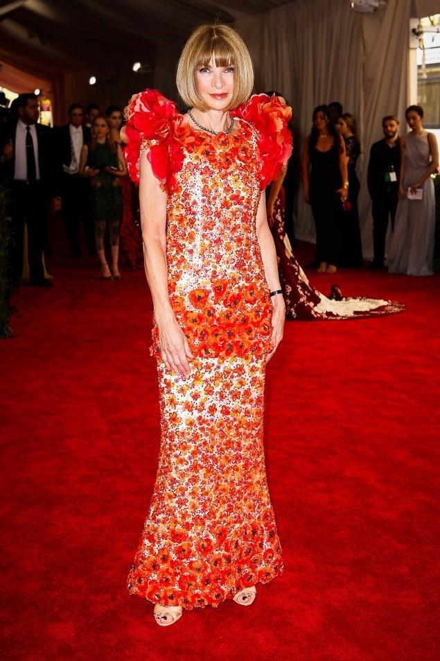 Anna Wintour, in Chanel Haute Couture