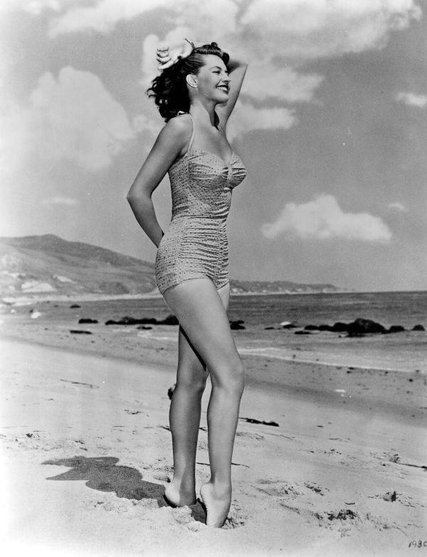 Model Cyd Charisse(1950s)